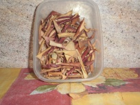dried apple peels for the flavouring of tea
